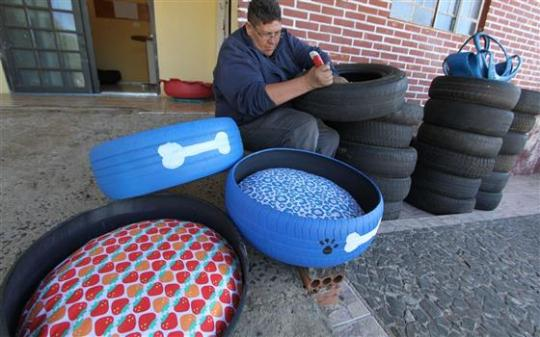 8 Up Cycled Used Tire Doggie Beds Paul S Scrap Car Removal
